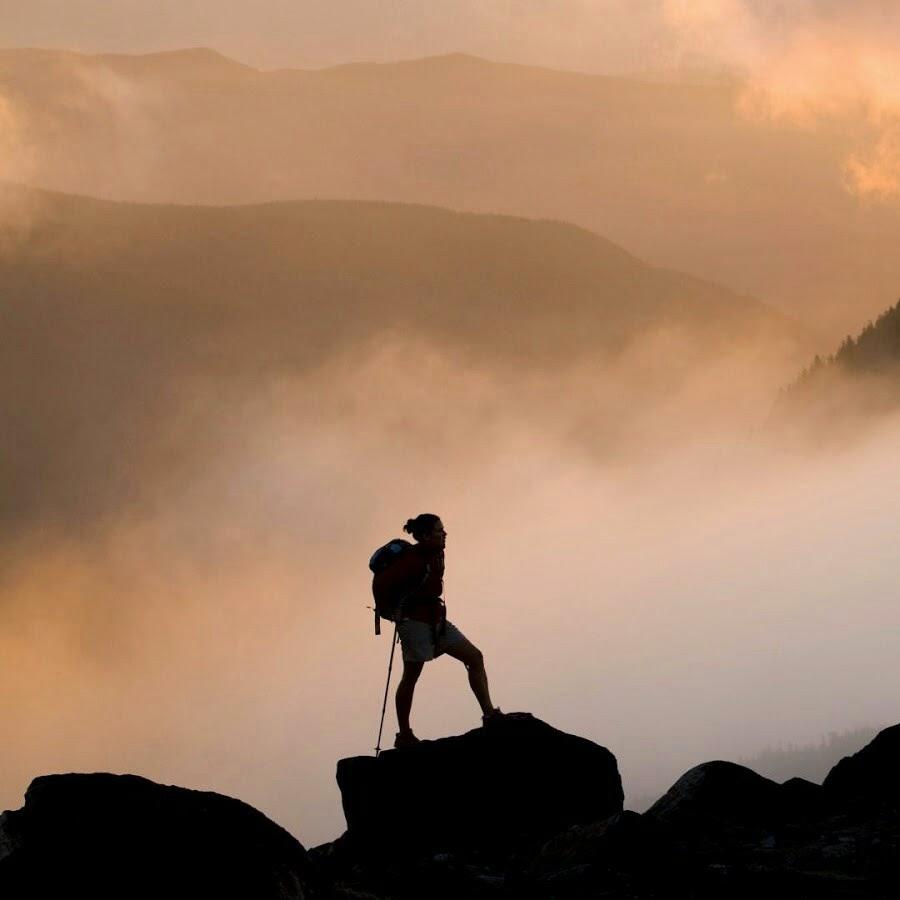 Menjadi Pendaki Kehidupan Yanikmatilah Saja